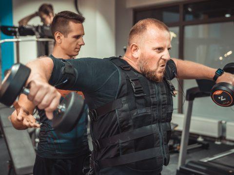 ćwiczenia siłowe z EMS